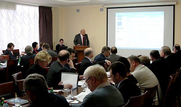17 декабря 2014 года в офисе Концерна «МАНС» состоялось седьмое (внеочередное) расширенное заседание Комитета по аэронавигации НП «Союз авиапроизводителей»